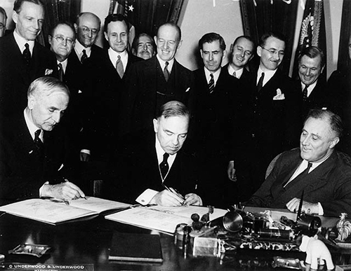 Signing of the United States-Canada Trade Agreement-1935